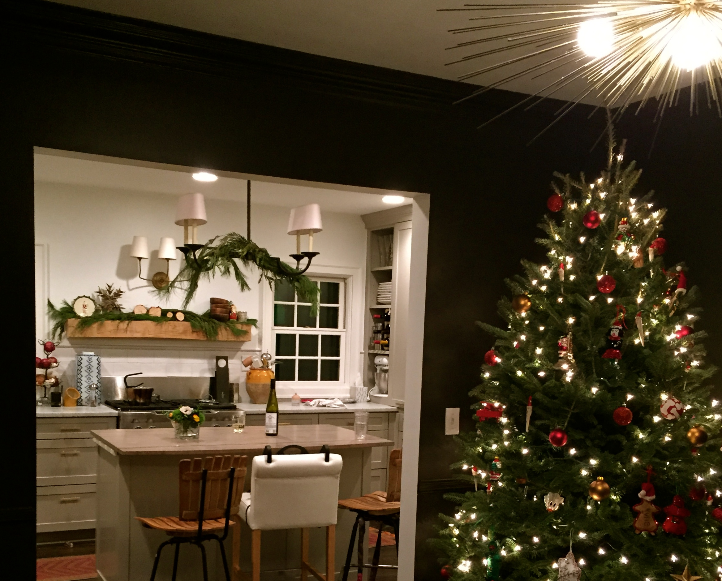 Christmas decor in the scovell wolfe remodeled kitchen