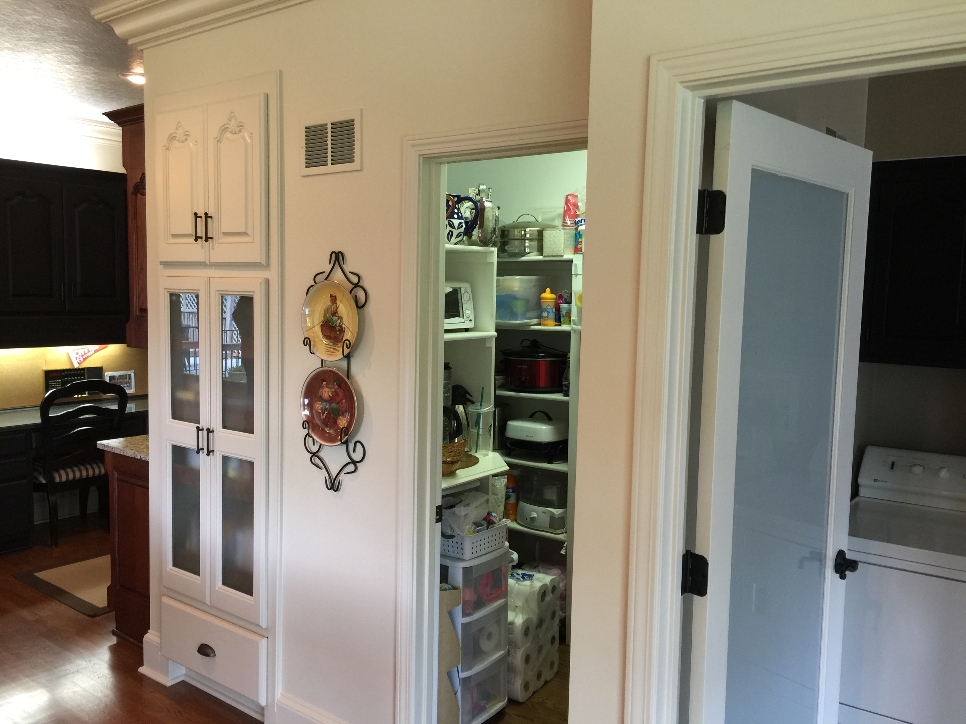 before hallbrook kitchen and pantry