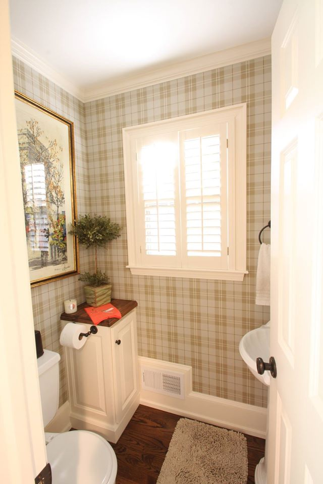 powder bath with plaid wallpaper