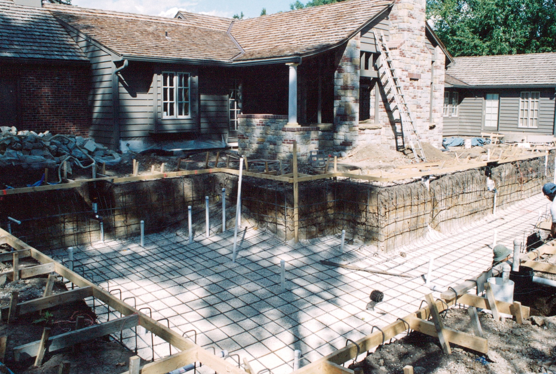 pool and porch being built