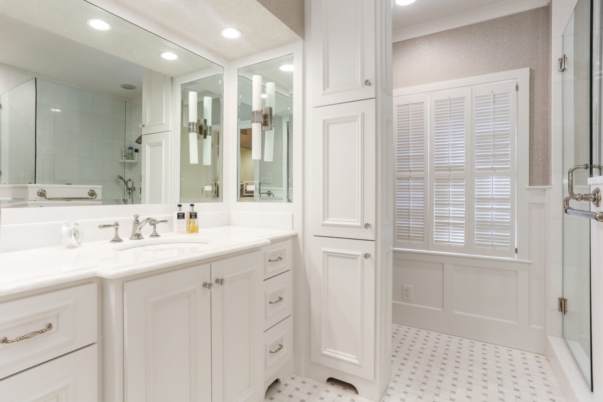 her master bathroom after picture